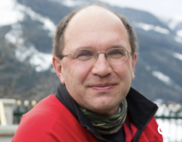 """Webinaraufzeichnung """"Besuchs- und Therapiehunde"""" mit Dr. Leopold Slotta-Bachmayr"""